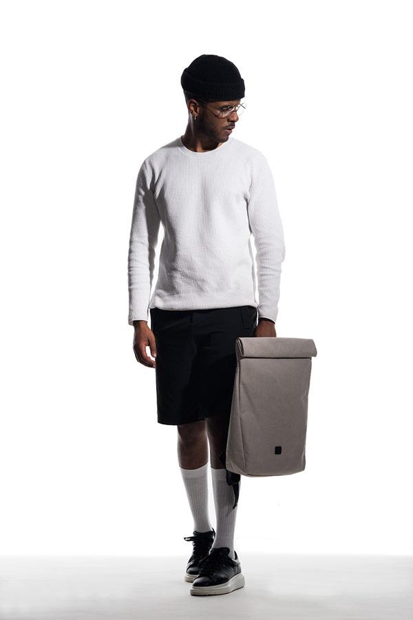 Ucon Acrobatics — batoh z celulózy — Alan Backpack — voděodolný — béžovo-šedý — waterproof, vegan, sustainable, urban — jaro/léto 2018