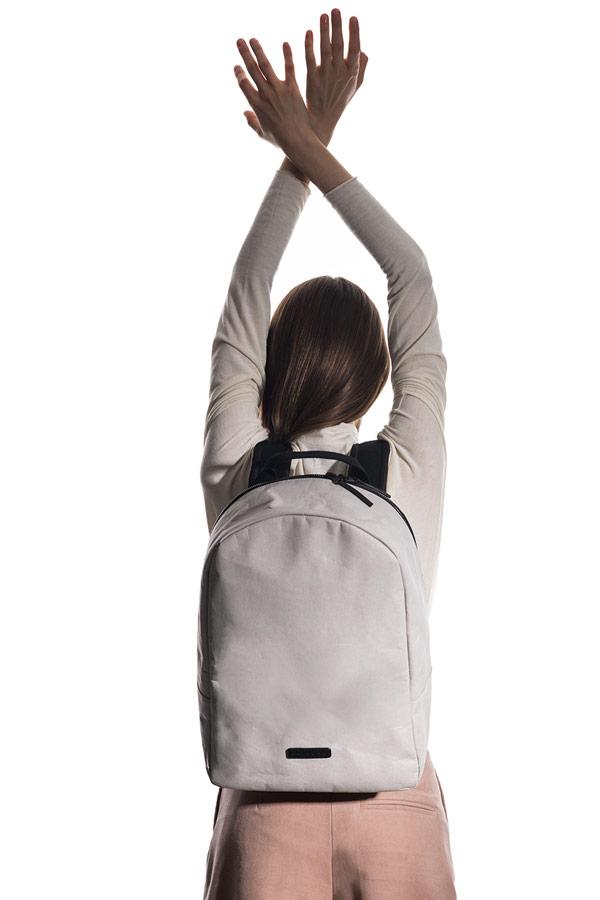 Ucon Acrobatics — batoh z celulózy — Marvin Backpack — voděodolný —  béžovo-šedý ... 42cd9487c9