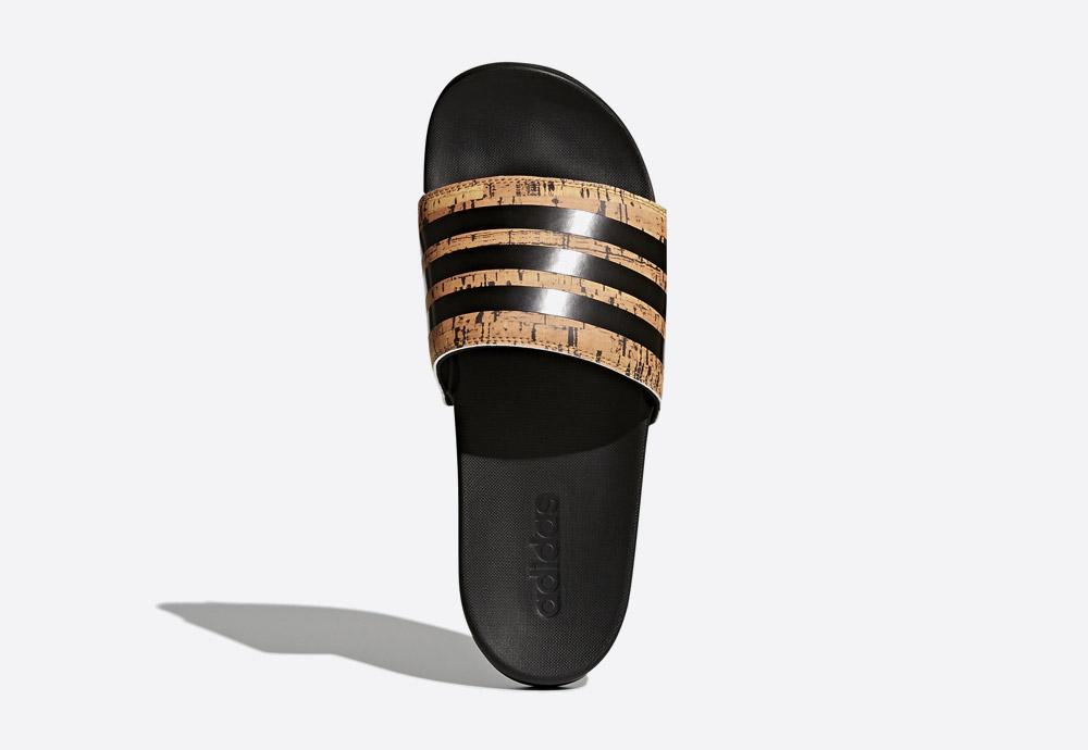 adidas Originals Adilette — Cloudfoam Plus Cork — pánské pantofle — nazouváky — gumové — korkový nárt