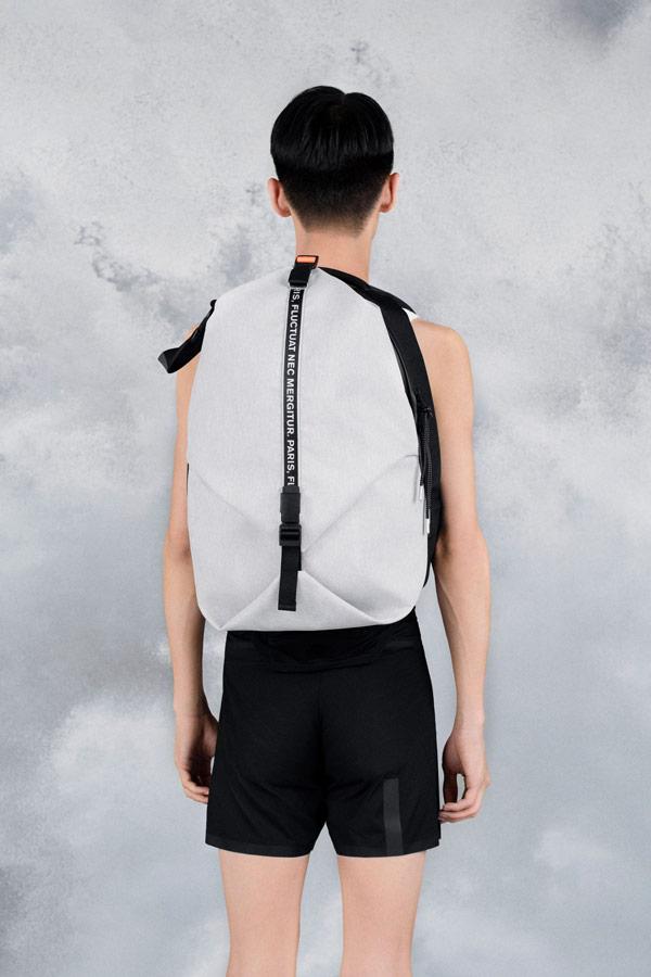 Côte&Ciel — šedý batoh — Oril Large — luxusní — sustainable