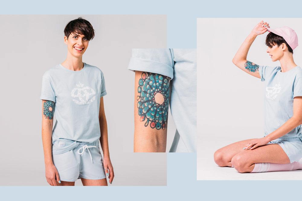 Elade Grl — dámské světle modré tričko s potiskem — dámské světle modré kraťasy — streetwear fashion