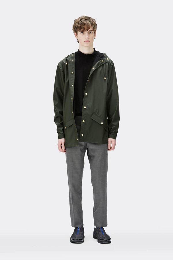 Rains — pánská nepromokavá bunda s kapucí — tmavě zelená — mens dark green rain jacket — Expressions