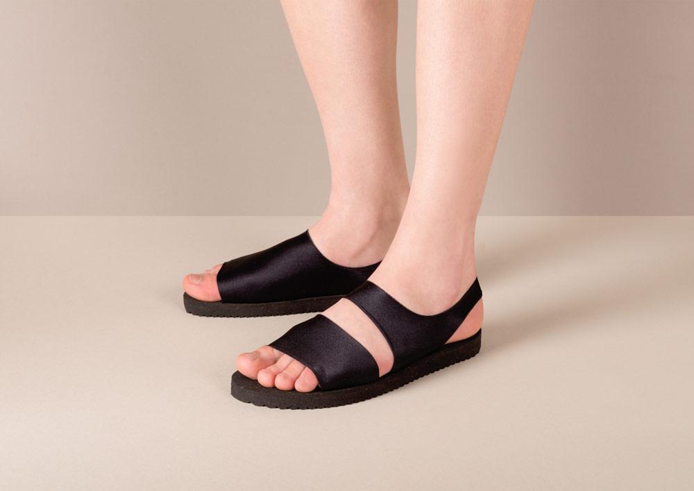 PLOVE — dámské sandály — černé — sandálky