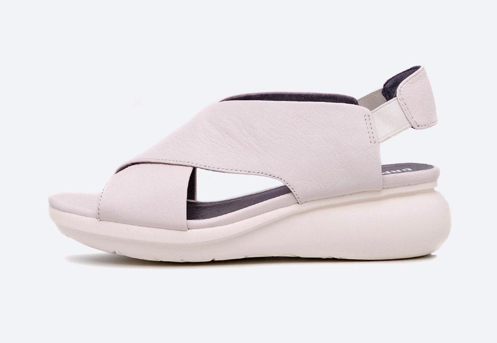 Camper — Balloon — sandály na platformě — dámské — letní — krémové — kožené