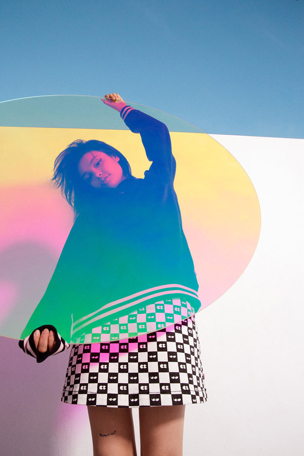 Vans x Lazy Oaf — šachovnicová sukně Eyeball Check Skirt