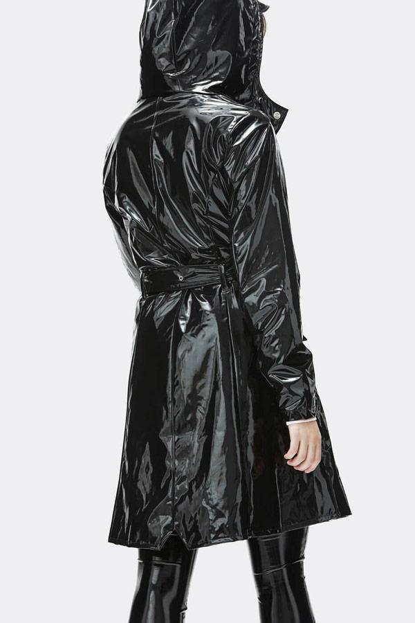 Rains — dámský černý lesklý pršiplášť s kapucí — trenčkot — nepromokavá bunda — womens black rain jacket, trenchcoat — Expressions