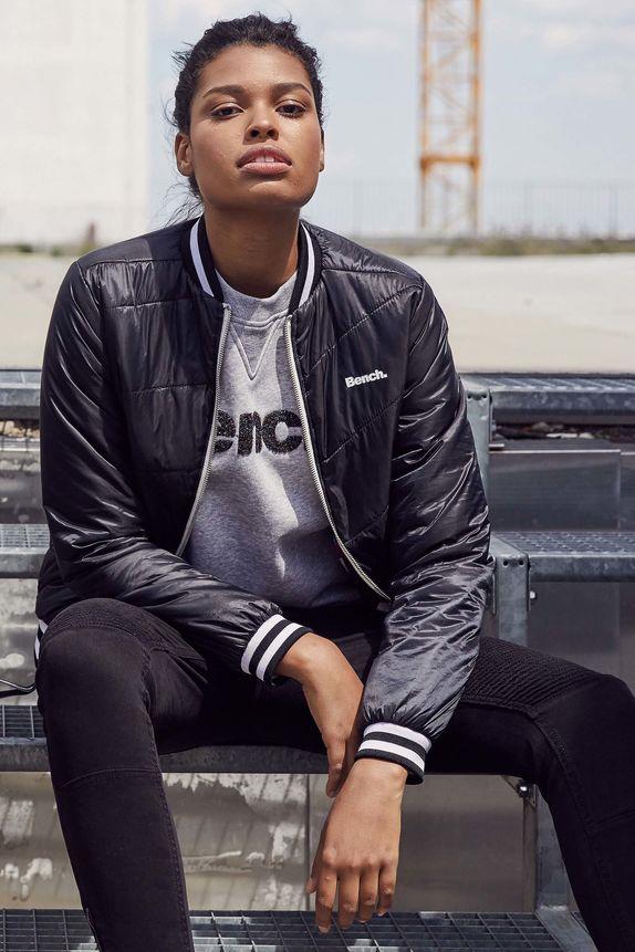 Bench — dámská prošívaná jarní bunda do pasu — černá