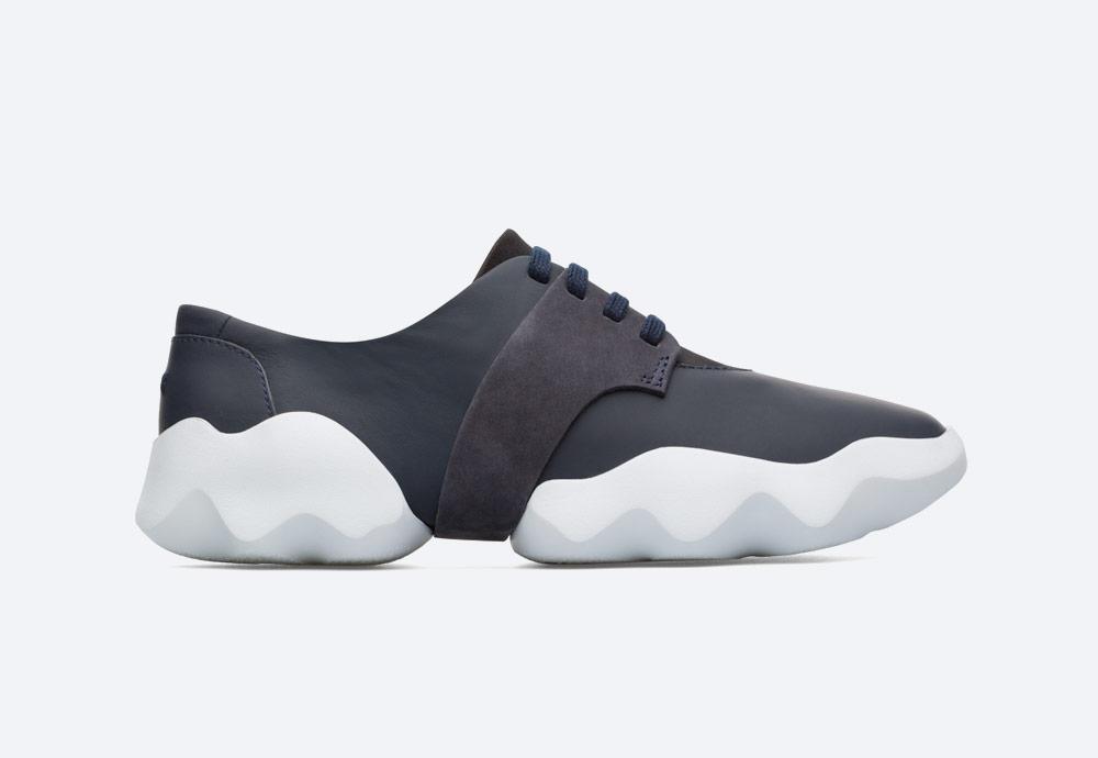 Camper Dub — dámské tenisky — futuristicke — minimalisticke — letní boty — černé — sneakers