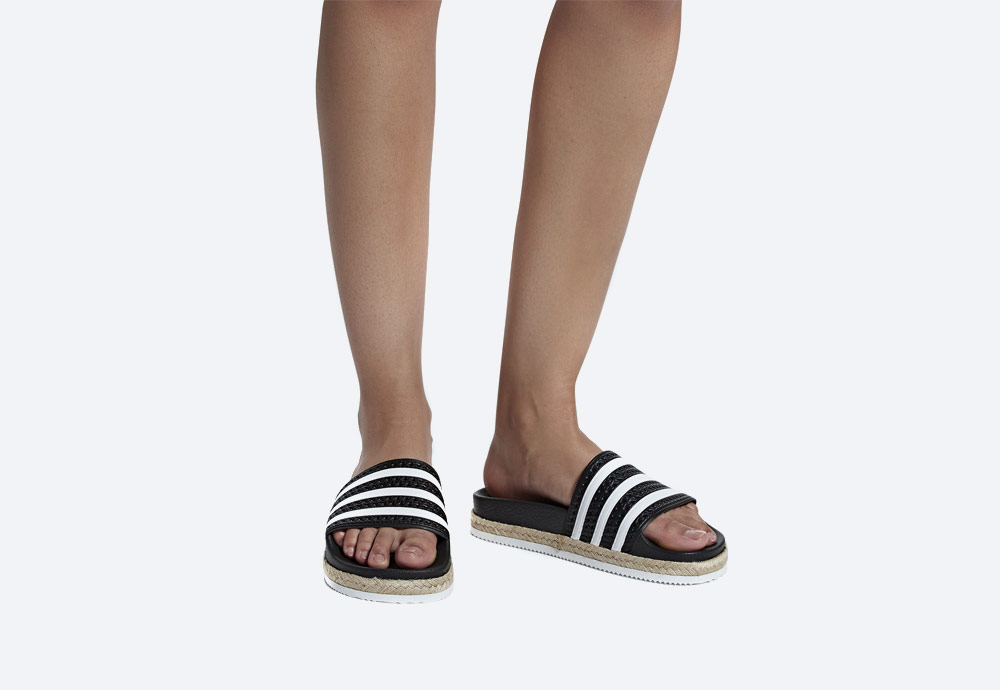adidas Originals Adilette Bold — dámské pantofle na platformě — nazouváky — černé — womens black platform slides