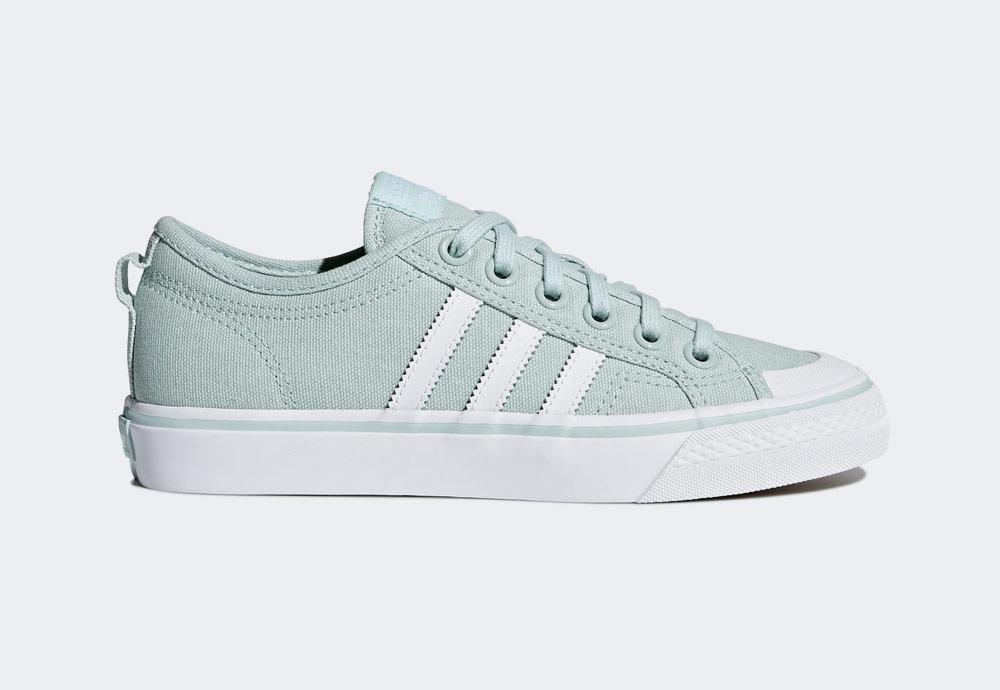 adidas Originals Nizza — plátěné tenisky — kecky — pastelové zelené — dámské — boty — sneakers