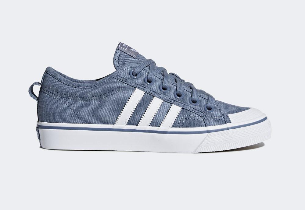 adidas Originals Nizza — plátěné tenisky — kecky — modré — dámské — boty — sneakers