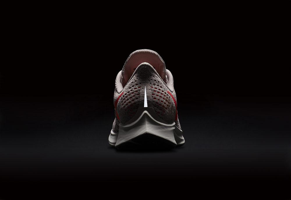Nike Air Zoom Pegasus 35 — běžecké boty — reflexní prvky — running shoes