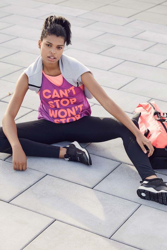 Bench — dámské fialové sportovní tričko — modré legíny