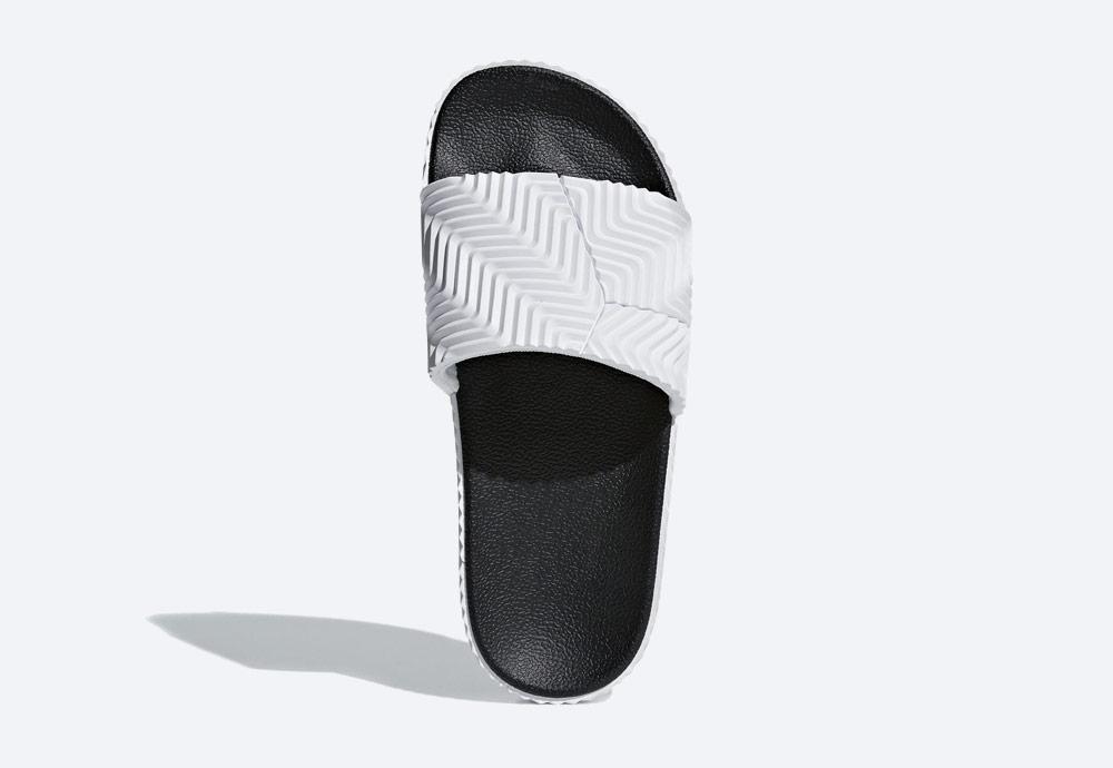 adidas Originals by Alexander Wang Adilette — pantofle — letní nazouváky — bílé — dámské, pánské
