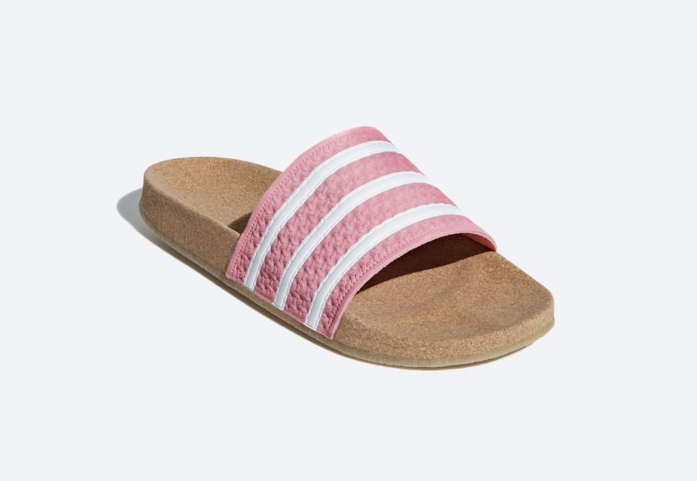 adidas Originals Adilette Cork — dámské pantofle — korkové — letní nazouváky — růžové, pastelové — womens cork pastel pink slides
