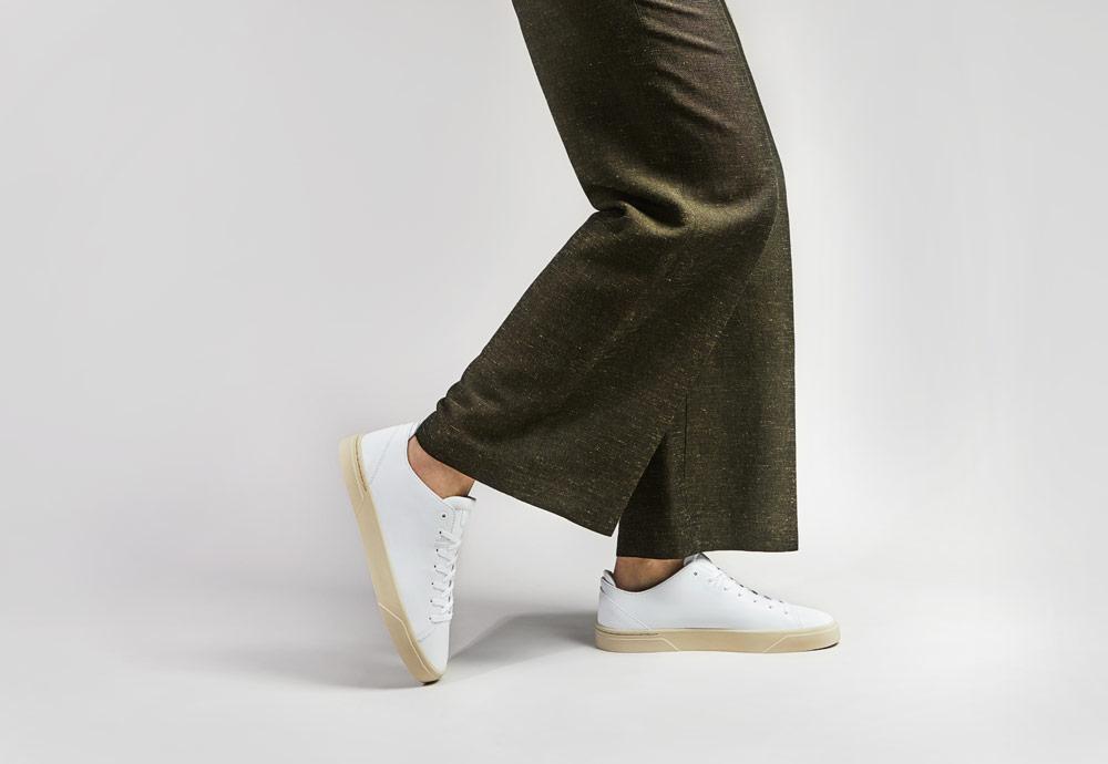 VOR — bílé tenisky — dámské — pánské — minimalistické — boty — 1A Antikweiss
