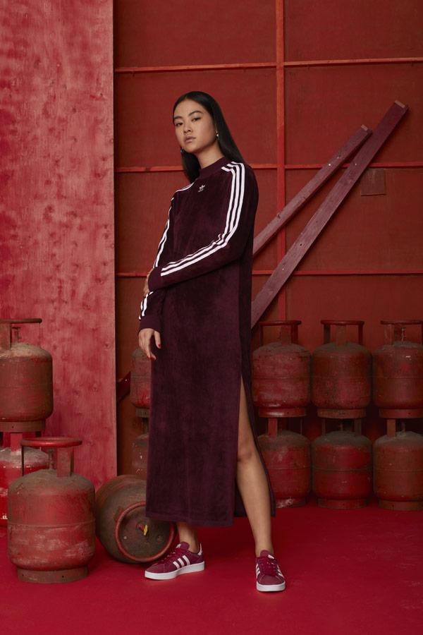 adidas Originals adicolor — dámské sametové dlouhé sportovní šaty — vínové — boty Campus — sportovní oblečení — podzim/zima 2018 — sportswear
