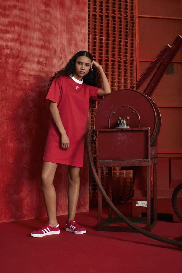 adidas Originals adicolor — červené sportovní šaty — červené tenisky Campus — sportovní oblečení — podzim/zima 2018 — sportswear