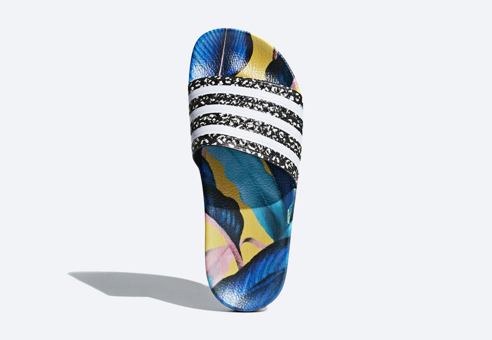 adidas Originals Adilette — dámské pantofle — letní nazouváky — modré, barevné — womens colorful slides