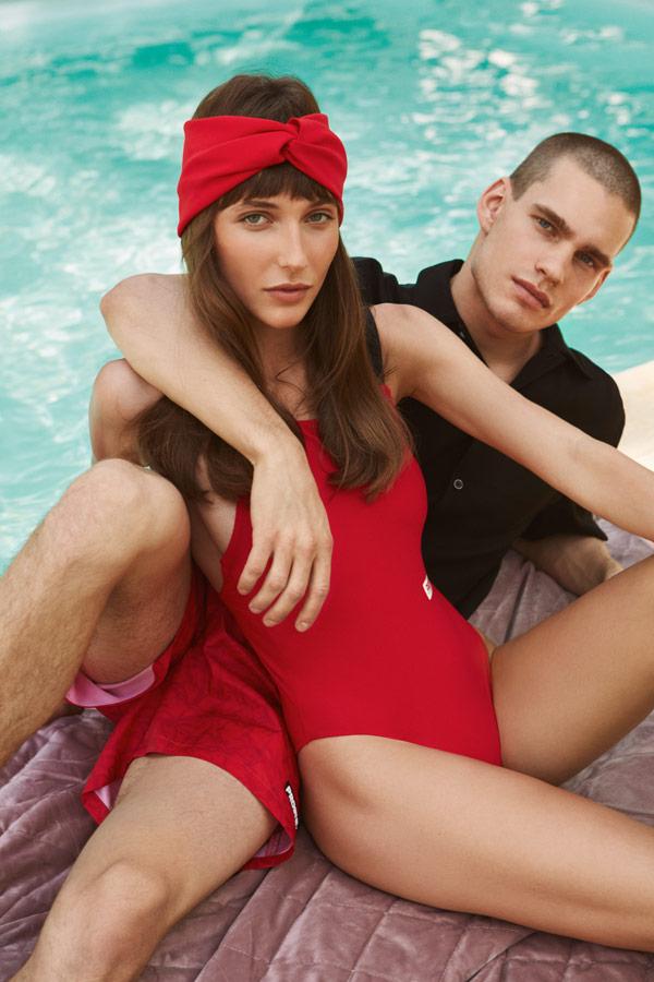 Prosto — pánské plavky, koupací trenýrky, červené — dámské jednodílné plavky, červené