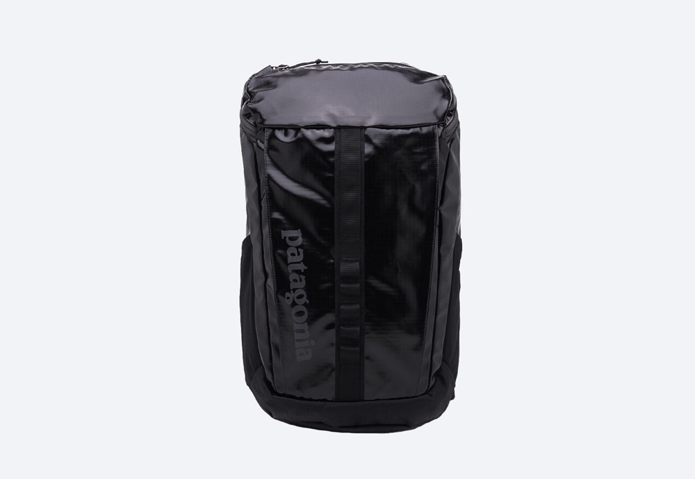 Patagonia — černý batoh — městský, outdoor, školní — nepromokavý — Black Hole Pack 25l