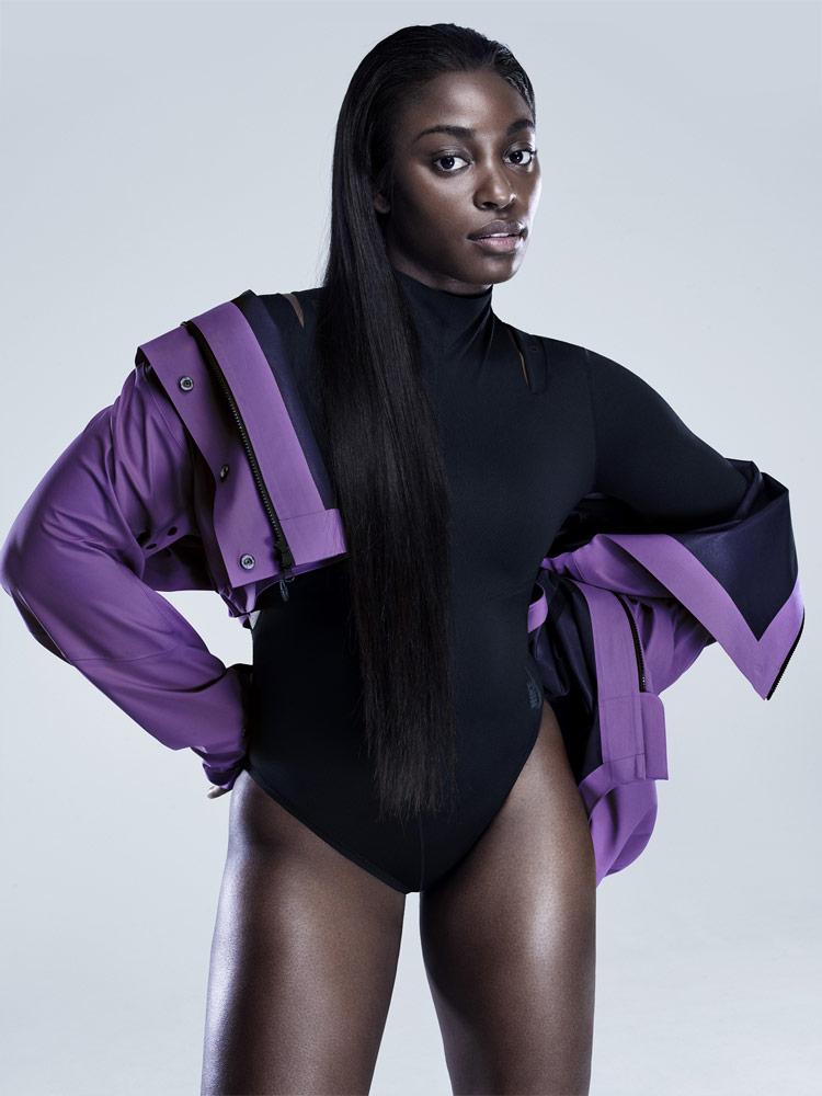 Nike — dámská fialová bunda — dámské černé body — City Ready Collection