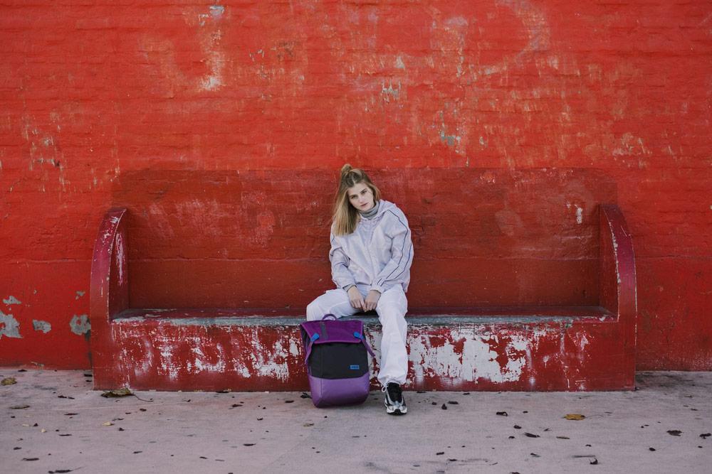 Aevor — batoh Daypack — městský, školní — recyklovaný z PET lahví — fialový — lookbook podzim/zima 2018