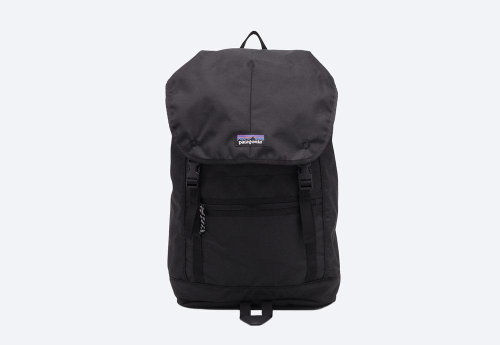 Patagonia — černý batoh — městský, outdoor, školní — nepromokavý — Arbor Classic Pack