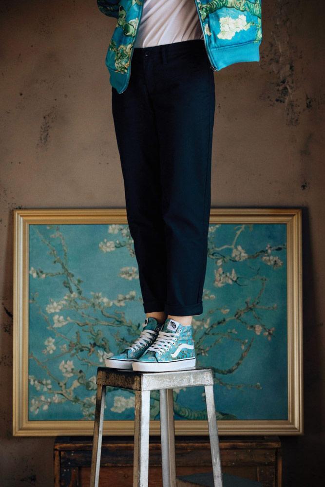 Vans x Van Gogh — modré kotníkové boty Sk8-Hi — Mandloň v květu