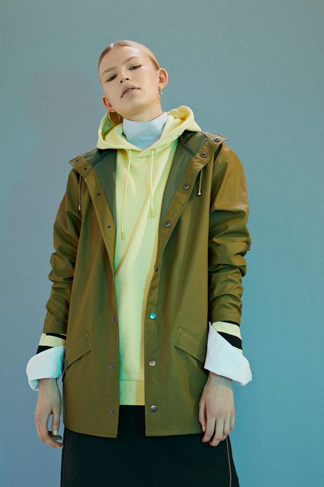 Rains — zelený pršiplášť s kapucí — pršiplášť s kapucí — green raincoat — podzim/zima 2018