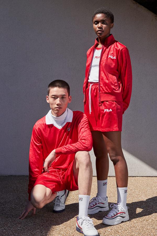 Fila — červené šortky — červené mikiny — pánské, dámské — sportovní oblečení — podzim/zima 2018