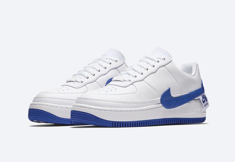 Nike Air Force 1 Jester XX — dámské sneakers — boty — tenisky — bílé, modré detaily