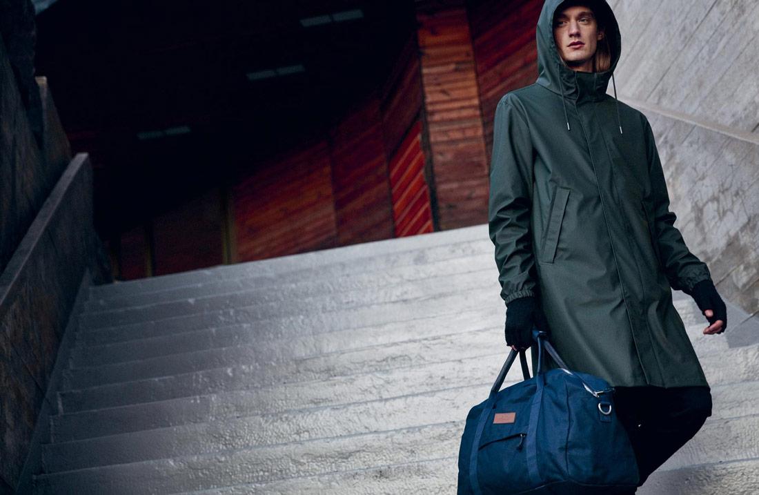 Makia — pánská zelená nepromokavá bunda s kapucí — pršiplášť — pláštěnka — raincoat