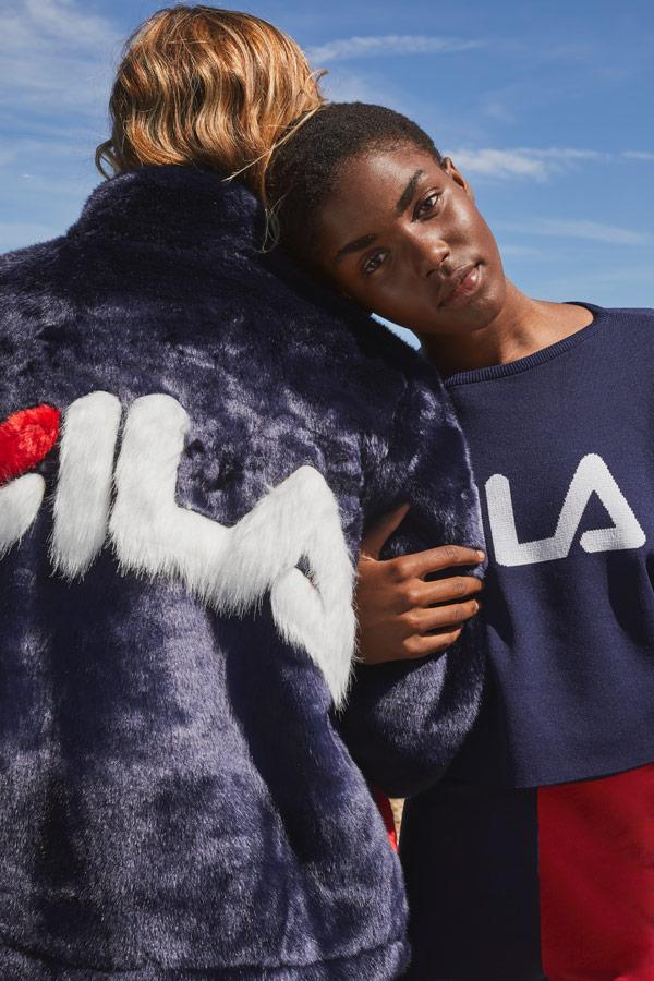 Fila — fialová bunda z umělé kožešiny — sportovní oblečení — podzim/zima 2018