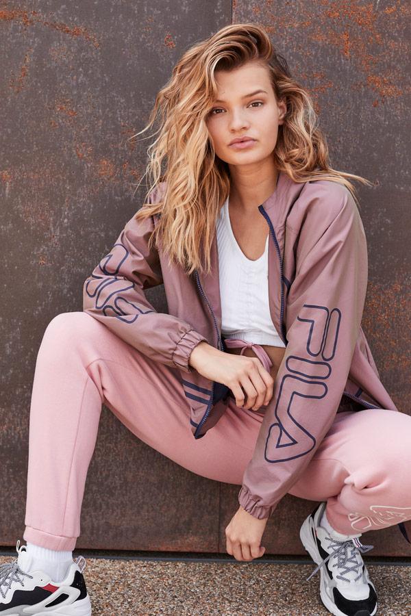 Fila — dámská tepláková souprava — růžová bunda — růžové tepláky joggers — sportovní oblečení — podzim/zima 2018