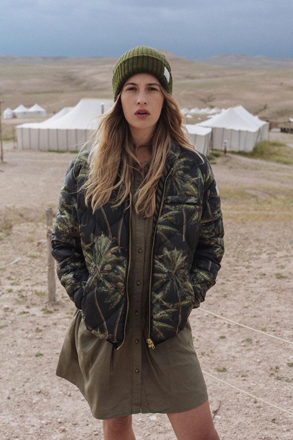 Femi Stories — dámský bomber s palmami — olivově zelené šaty — podzim/zima 2018