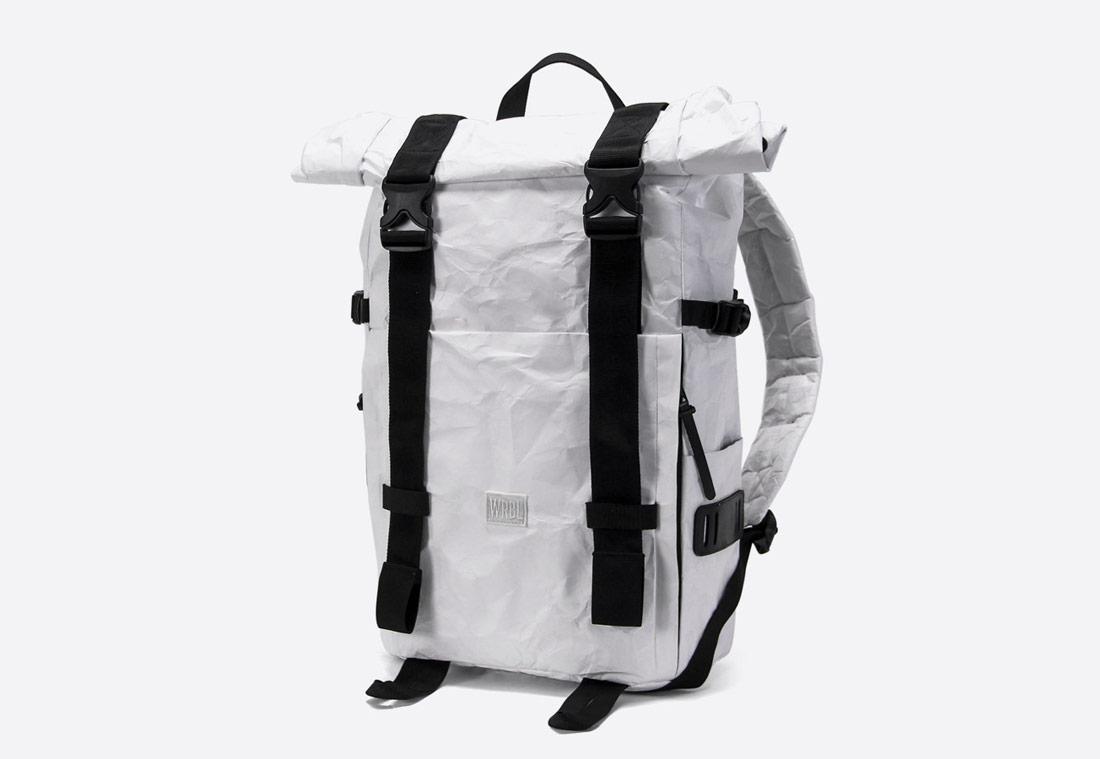 We Are Able — Tyvek Roll Top — bílý batoh — městský — backpack — pomačkaný vzhled