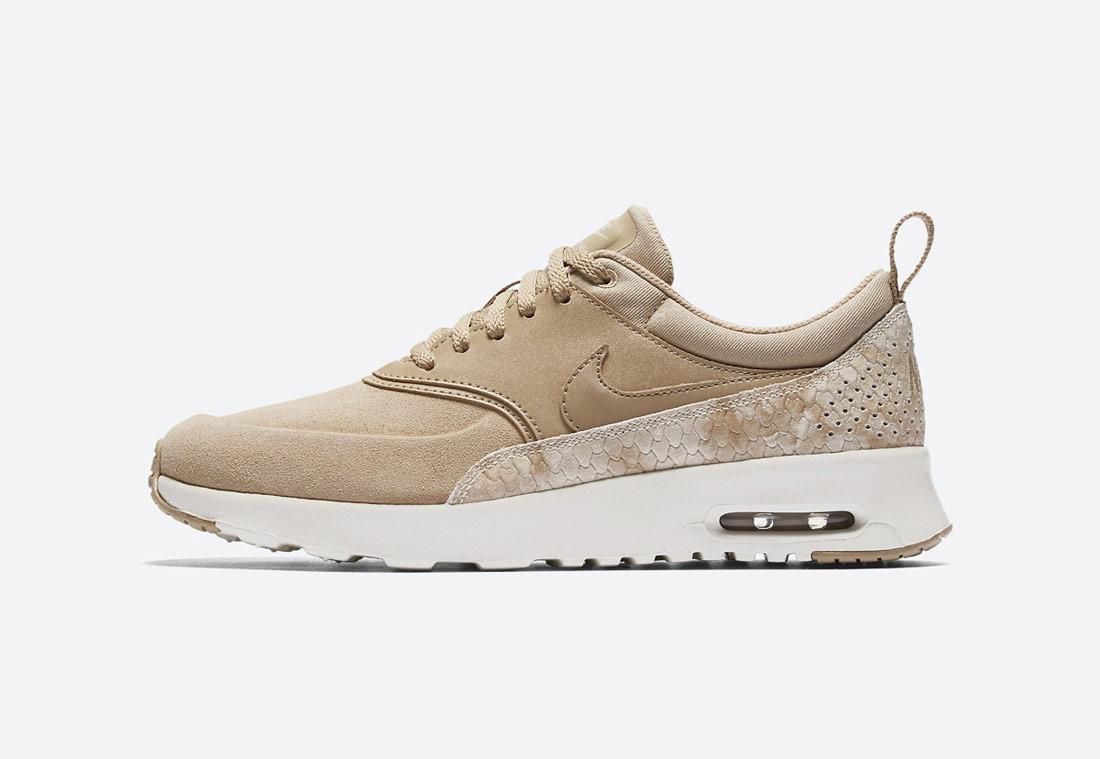 Nike Air Max Thea Premium Snake – dámské boty – tenisky – sneakers – hadí vzor – béžové, světle hnědé (linen, sail)