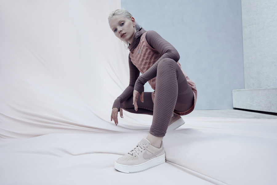 Nike Air Force 1 Sage Low — dámské boty — tenisky — sneakers — béžové — lookbook