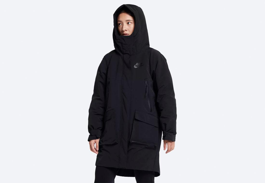 Nike Sportswear Tech Pack Down-Fill — dámská parka — zimní bunda s kapucí — černá — black women's winter jacket