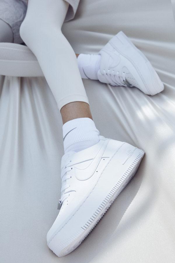 Nike Air Force 1 Sage Low — dámské boty — tenisky — sneakers — bílé — lookbook
