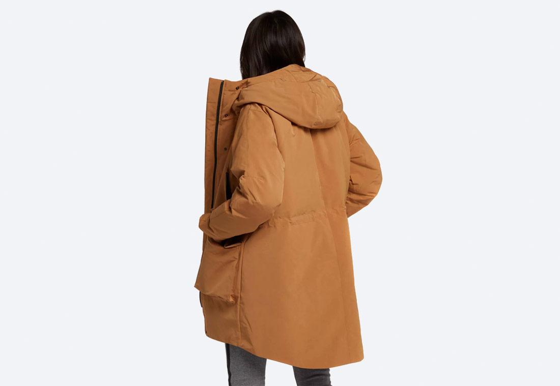 Nike Sportswear Tech Pack Down-Fill — dámská parka — zimní bunda s kapucí — hnědá, písková — brown women's winter jacket
