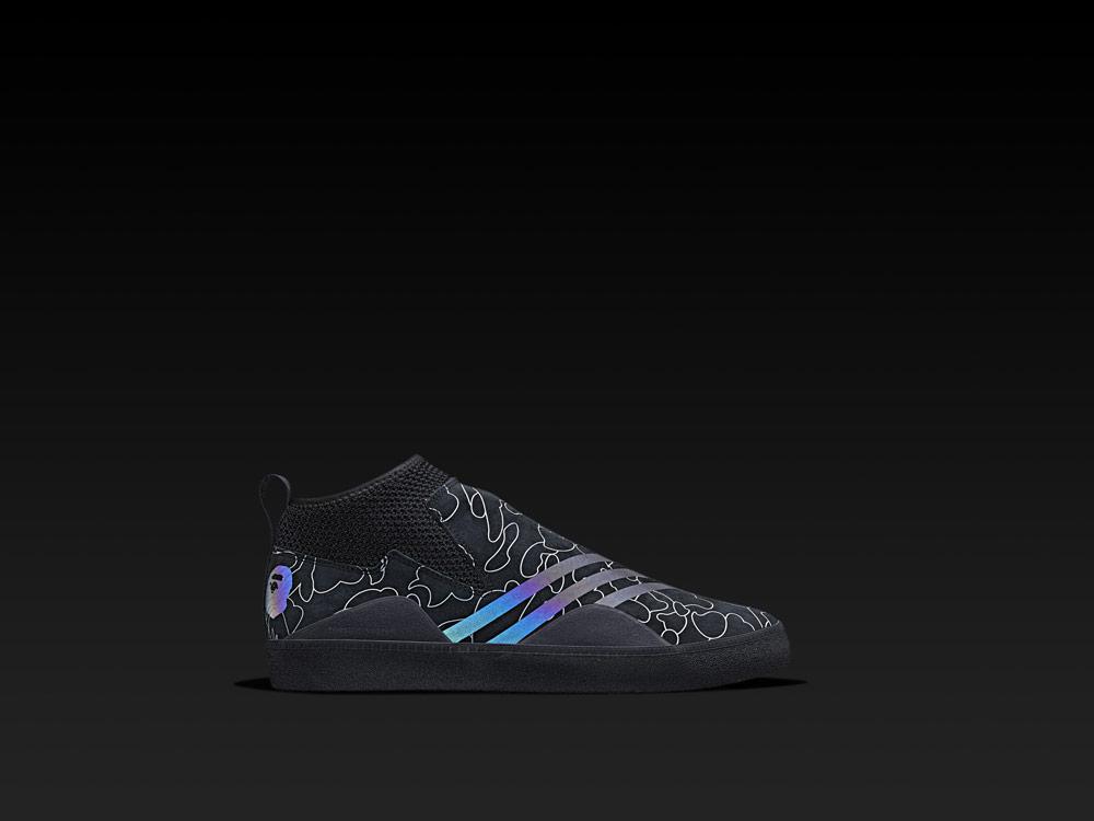 adidas Snowboarding by BAPE® — boty 3ST.002 bez tkaniček — černé se vzorem
