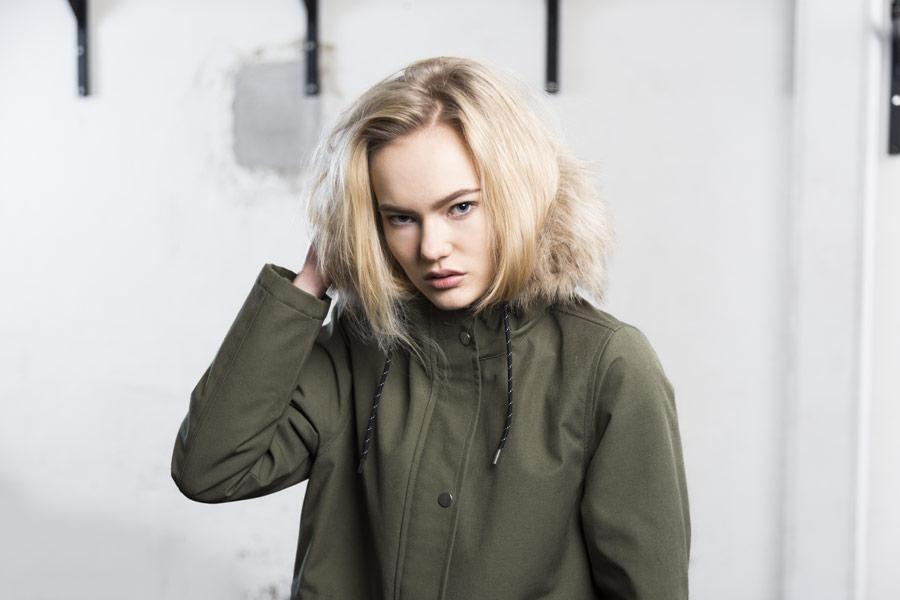 Selfhood — zimní kabát — dámský — olivově zelený