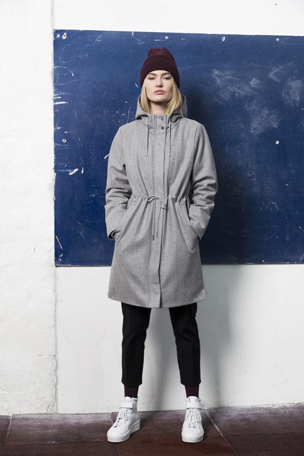 Selfhood — šedý kabát s kapucí — dámský
