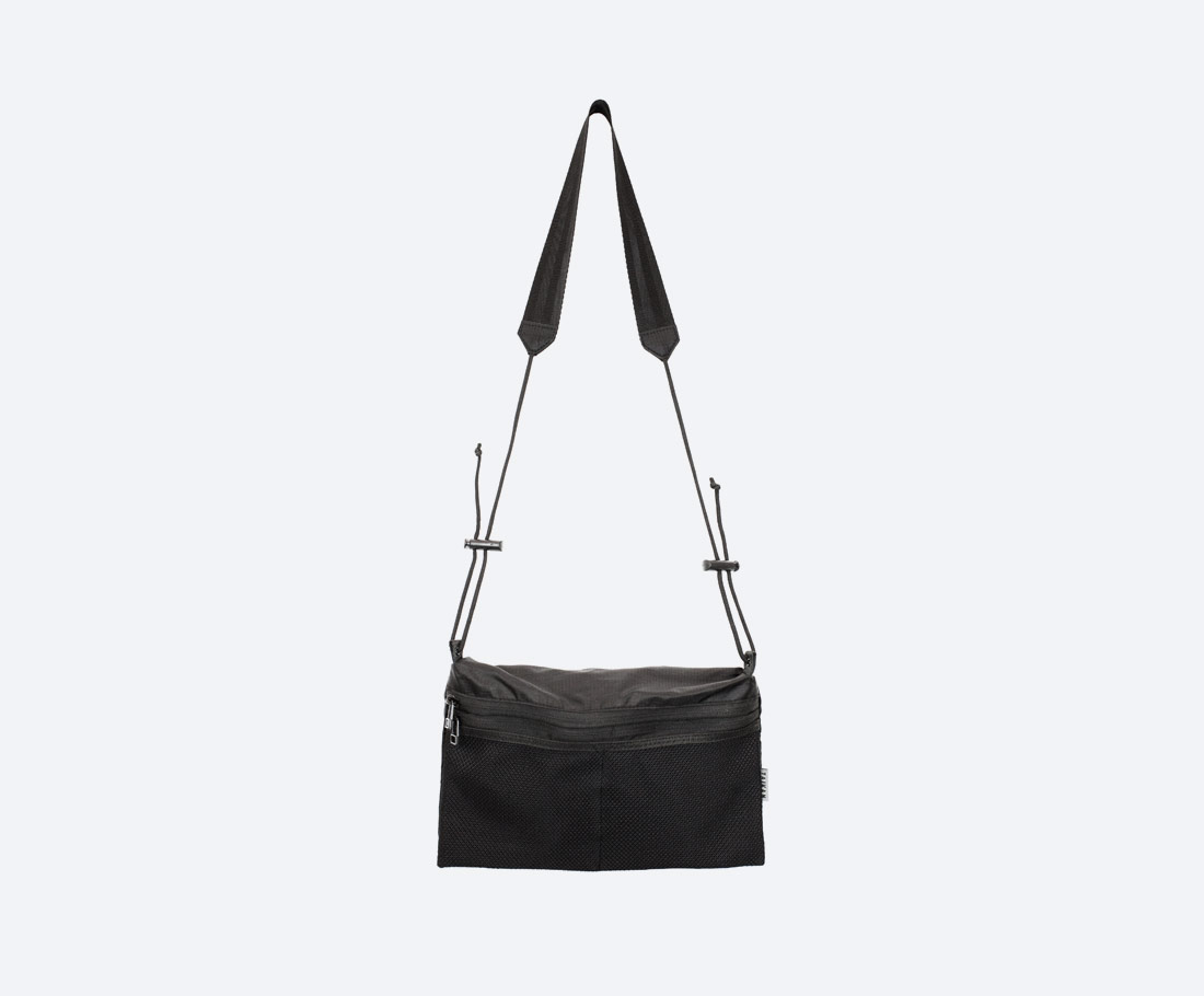 Taikan Sacoche Large — taška přes rameno na drobnosti — taštička na krk — dámská, pánská — černá