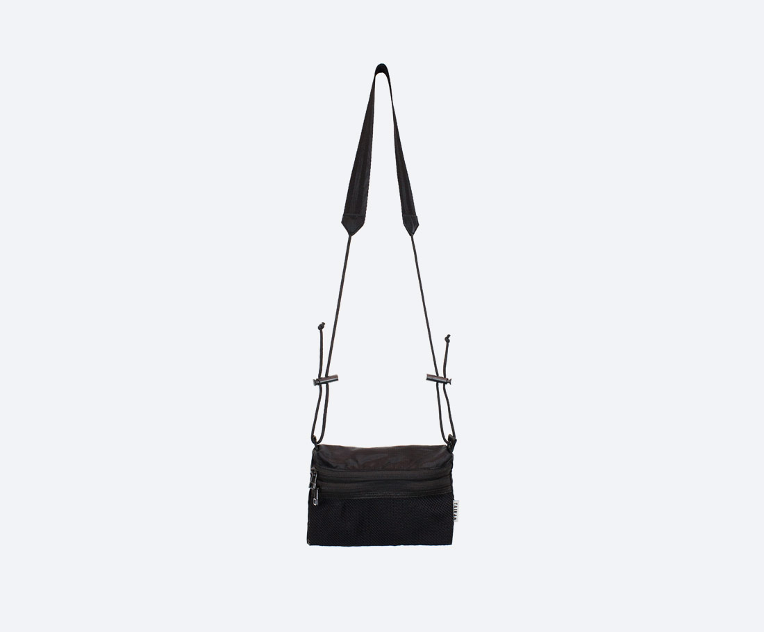 Taikan Sacoche Small — taška přes rameno na drobnosti — taštička na krk — dámská, pánská — černá