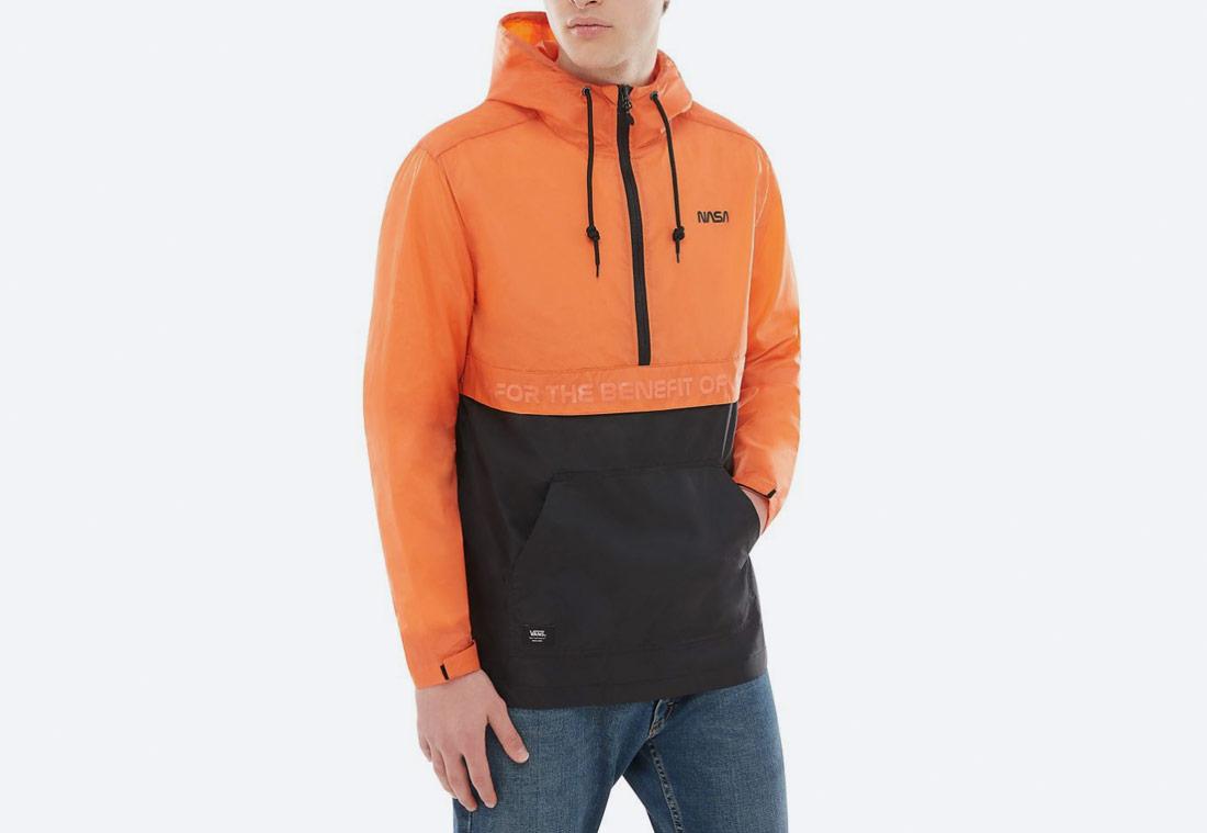 Vans x NASA — Space Voyager Anorak — bunda přes hlavu s kapucí — černá, oranžová — pánská