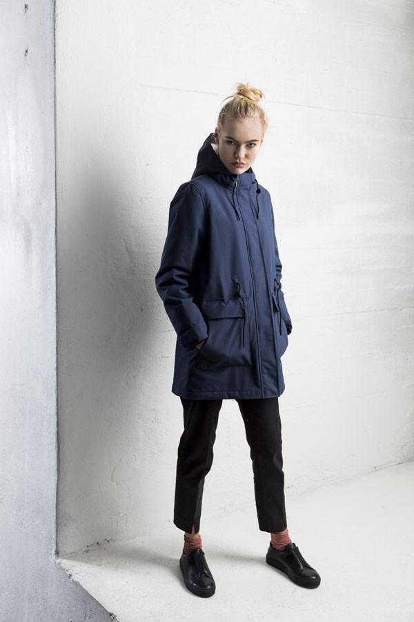 Selfhood — zimní parka s kapucí s kožešinou — parka — dámská — námořnická tmavě modrá