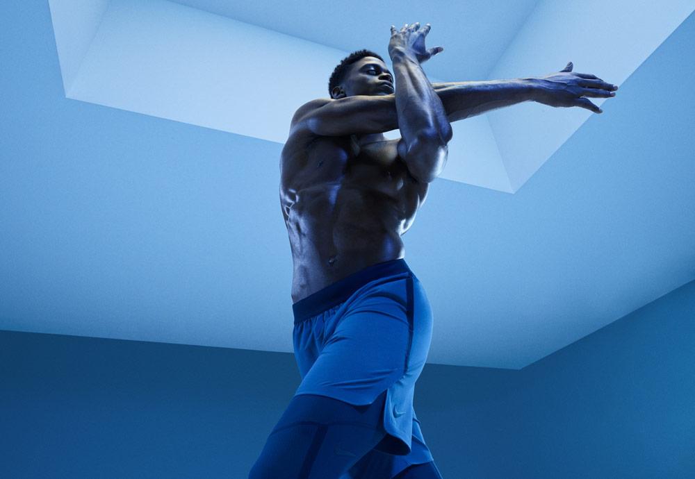 Nike Tech Pack Spring 2019 — sprotovní oblečení — pánské modré běžecké šortky — modré běžecké legíny